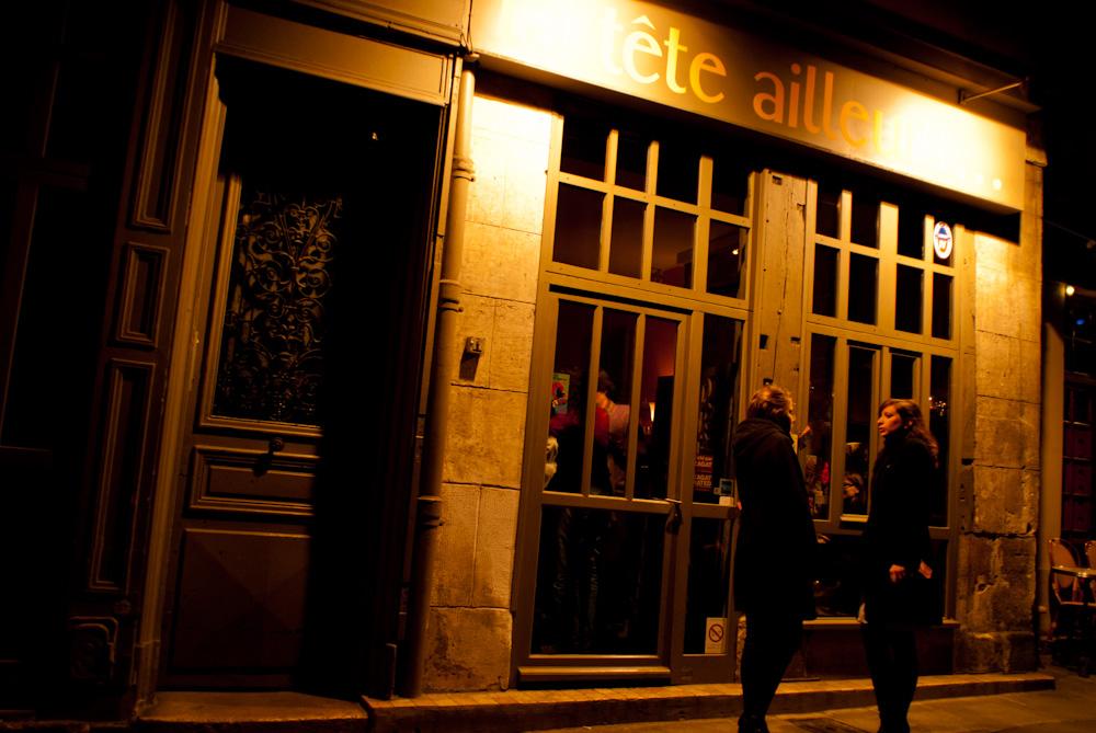La Tete Ailleurs. Parisian Restaurant at night.