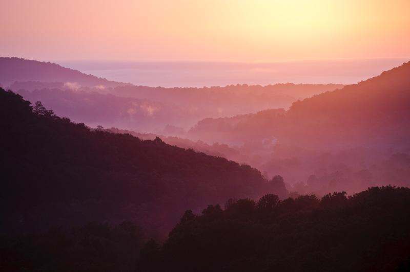 blue ridge summit, pennsylvania. Morning mist.
